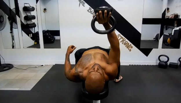 kettlebel-chest-workout
