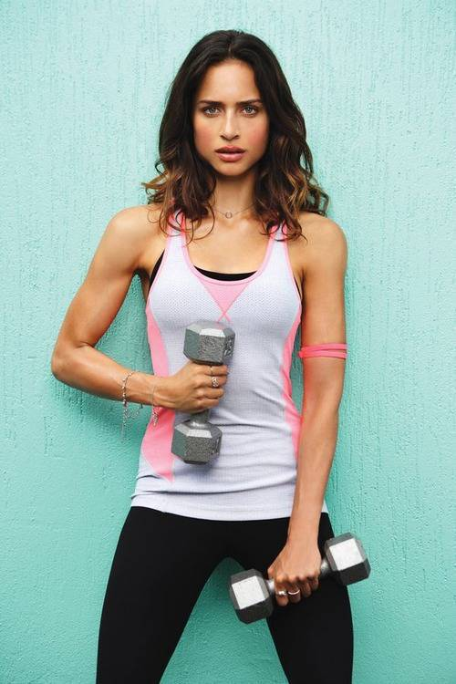 Arm-Workouts-for Women-with-Dumbbells