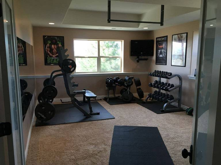 How to turn your room into a professional home gym for How to create a home gym