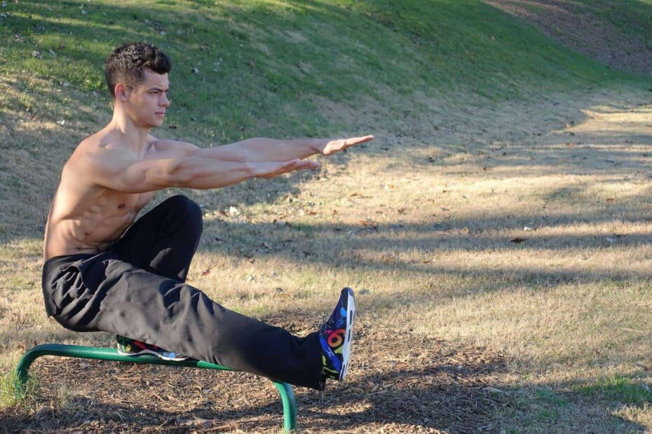 different bodyweight squat exercises